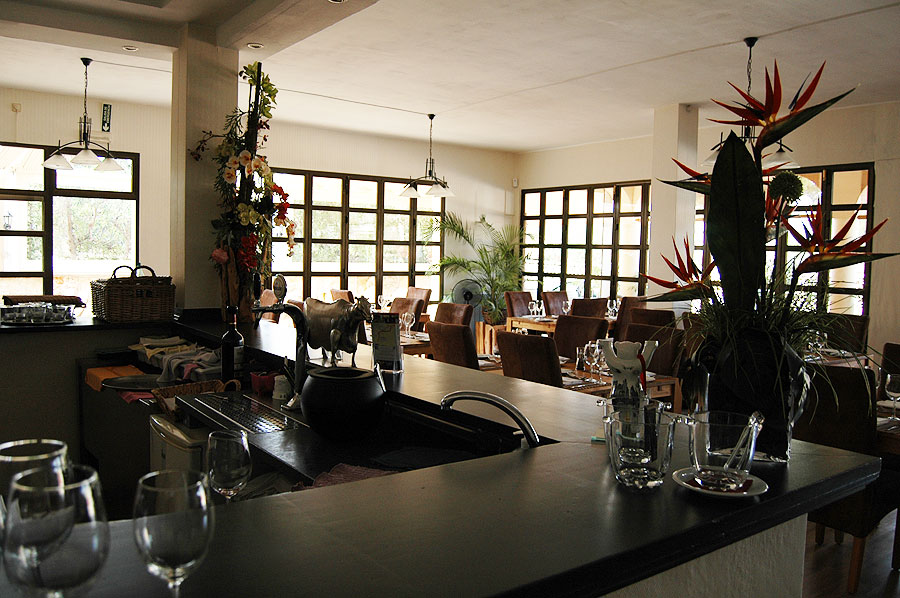 Distressed: Best imported Bistro/Steak House in southwest Mallorca for sale for health reasons