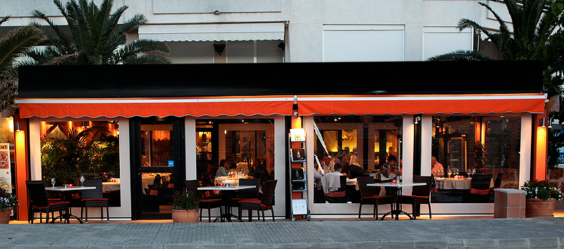 Well established restaurant with large terrace in Port Andratx