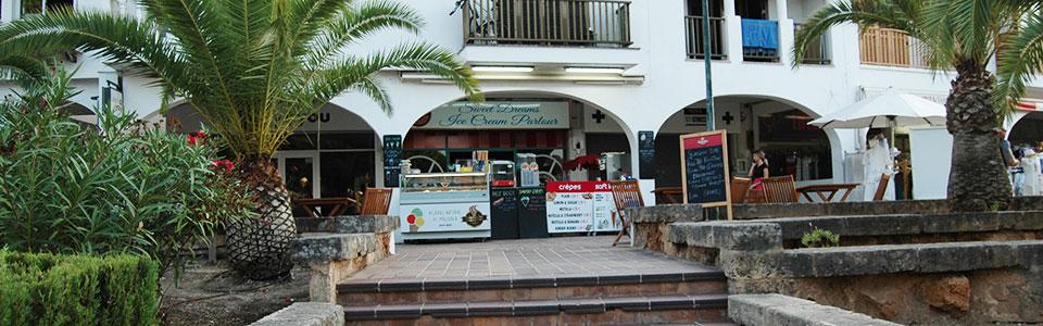 Good working IceCream Parlour / Take Away Snack Bar in Santa Ponsa / Costa de la Calma – Mallorca – for transfer