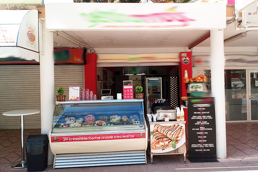 Ice cream and crêpe take away business in Palmanova / Mallorca for sale