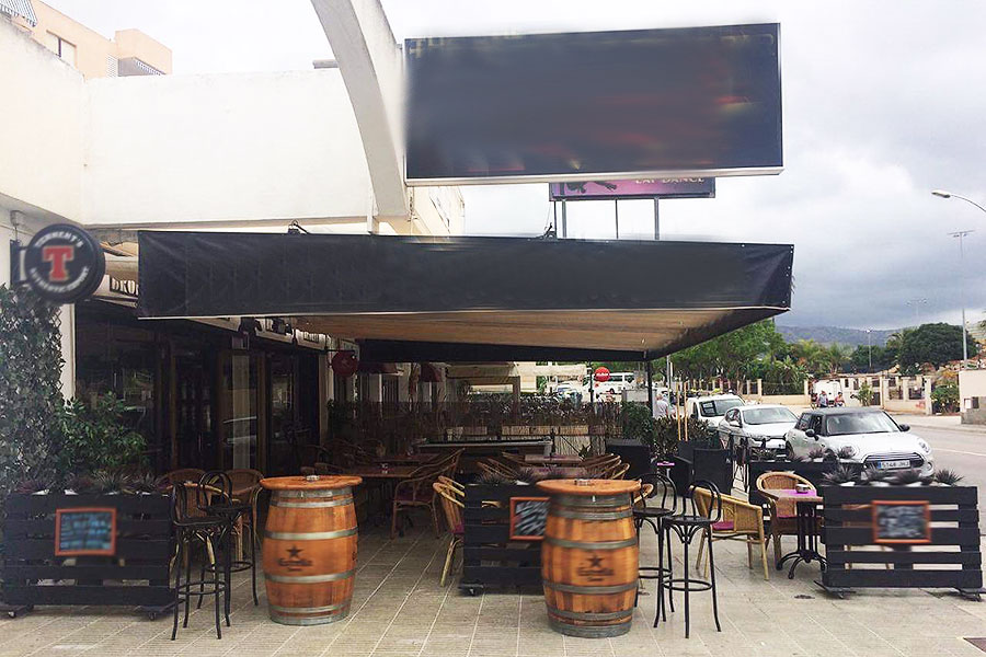 Traditional popular pub with live music license in Magaluf – Mallorca – for transfer or freehold