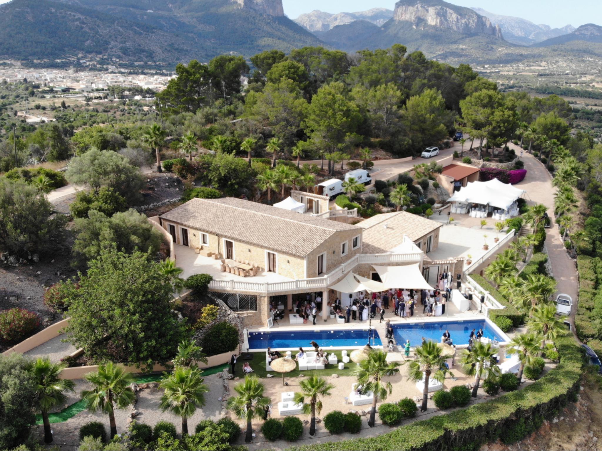 Neubau Naturstein-Finca mit spektakulärem Panoramablick in Alaro auf Mallorca zu verkaufen