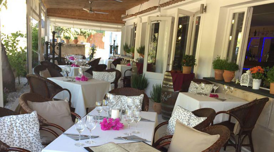 Beautiful restaurant on the Millionaire Hill in Port Andratx – Mallorca – to pass